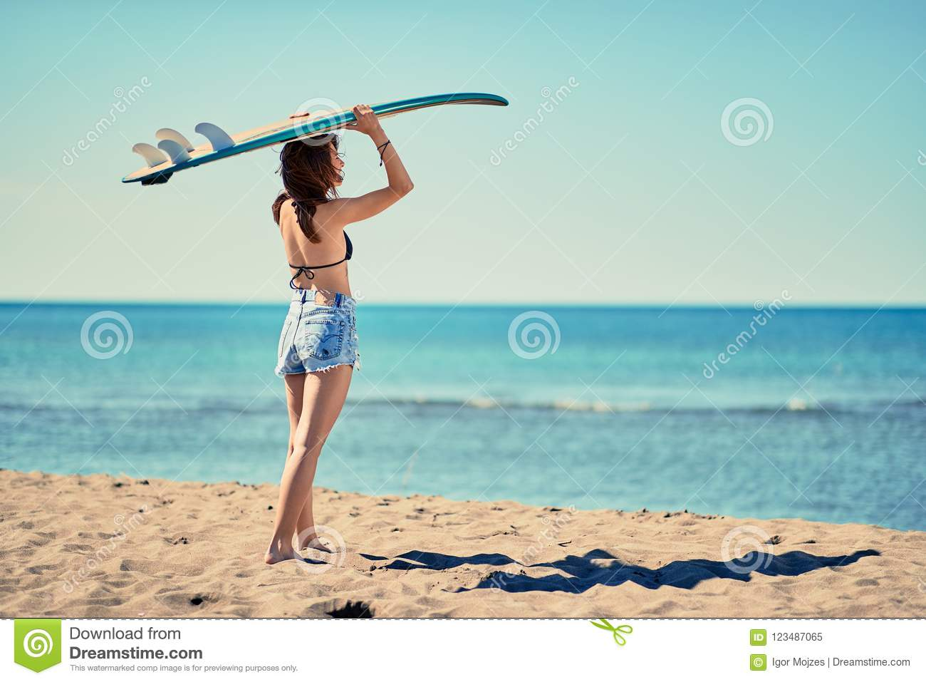 Surf Girl Go To Surfing Beautiful Girl Surfer Looking For
