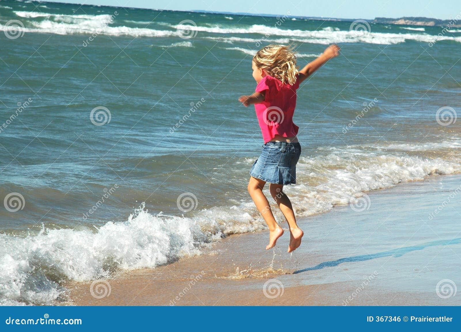 Surf Jumper Girl