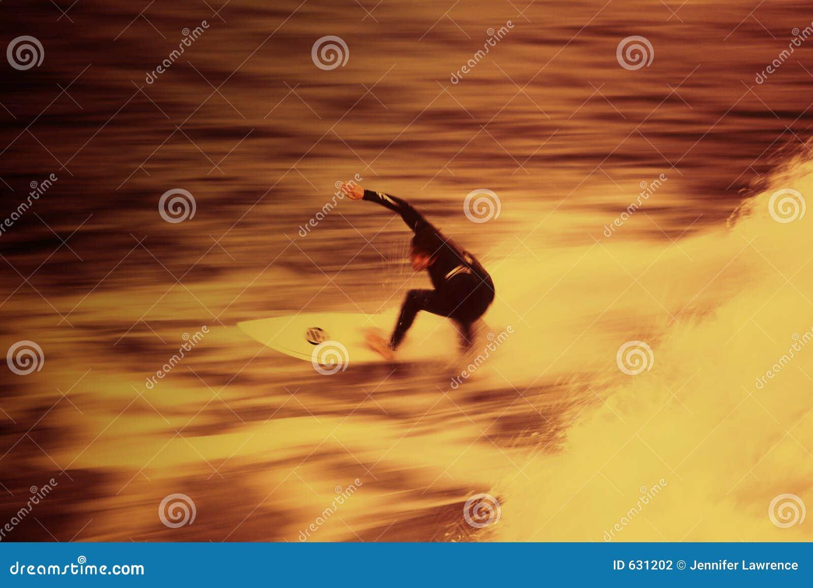Surfa för 01 brand