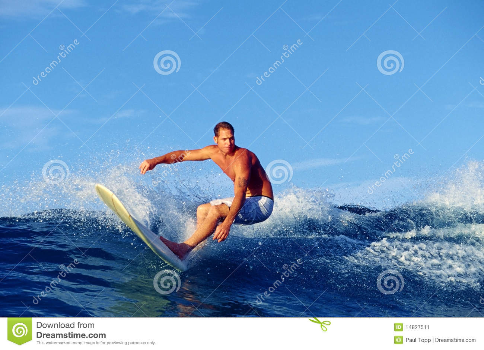 Surfa waikiki för chris gagnonhawaii surfare