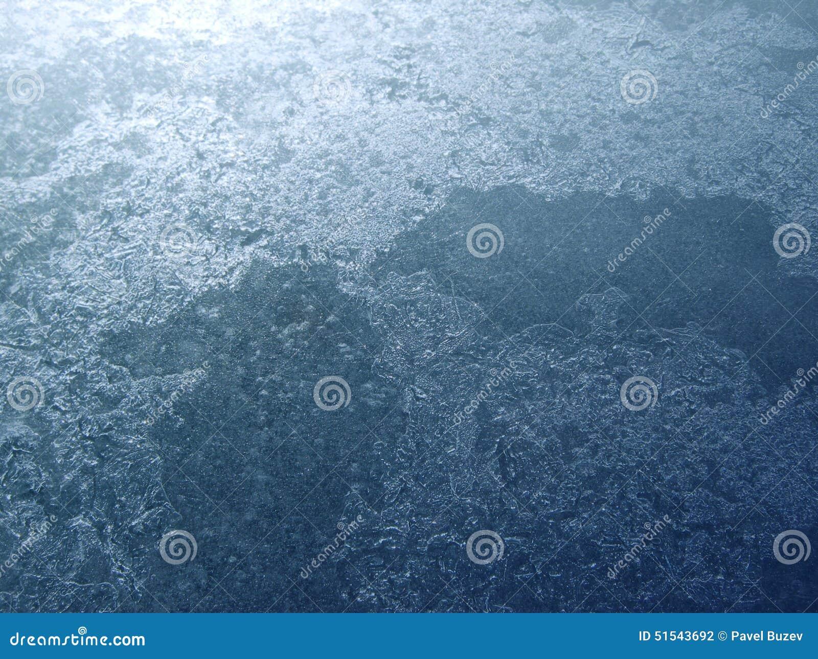 Surface de glace de lac