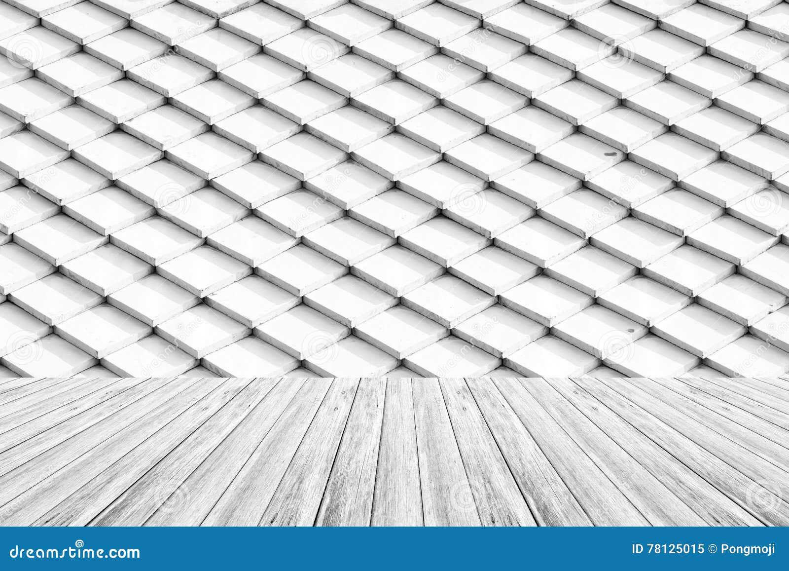 Surface De Texture De Toit De Tuile Avec La Terrasse En Bois