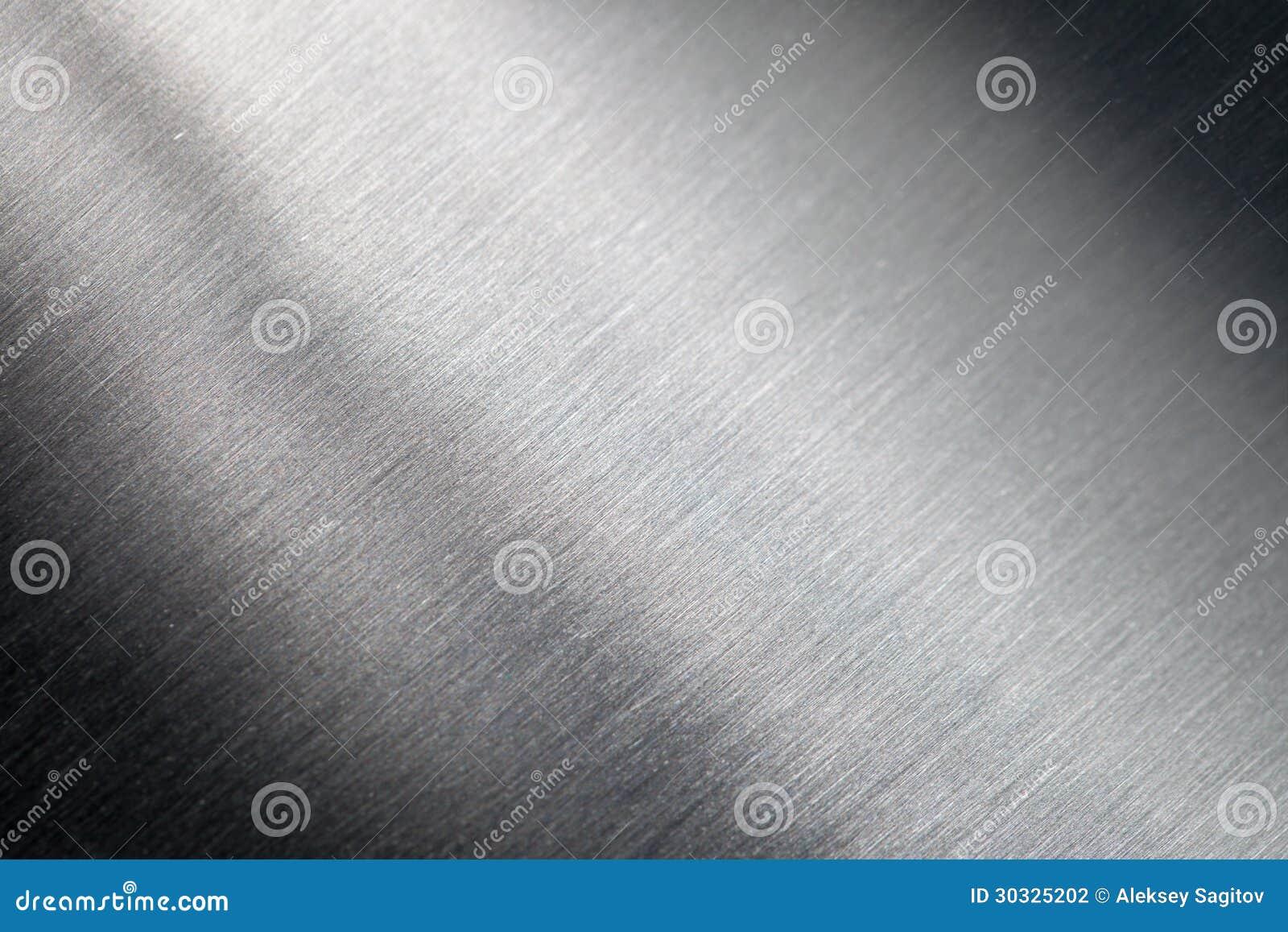 Surface métallique rayée