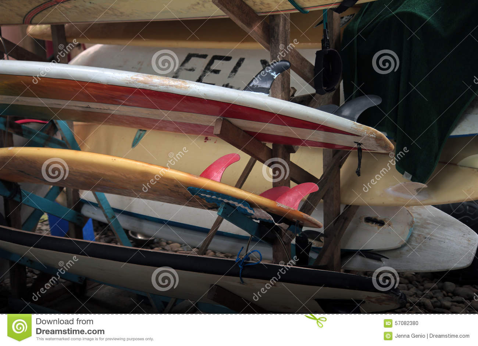Surfboard stojak