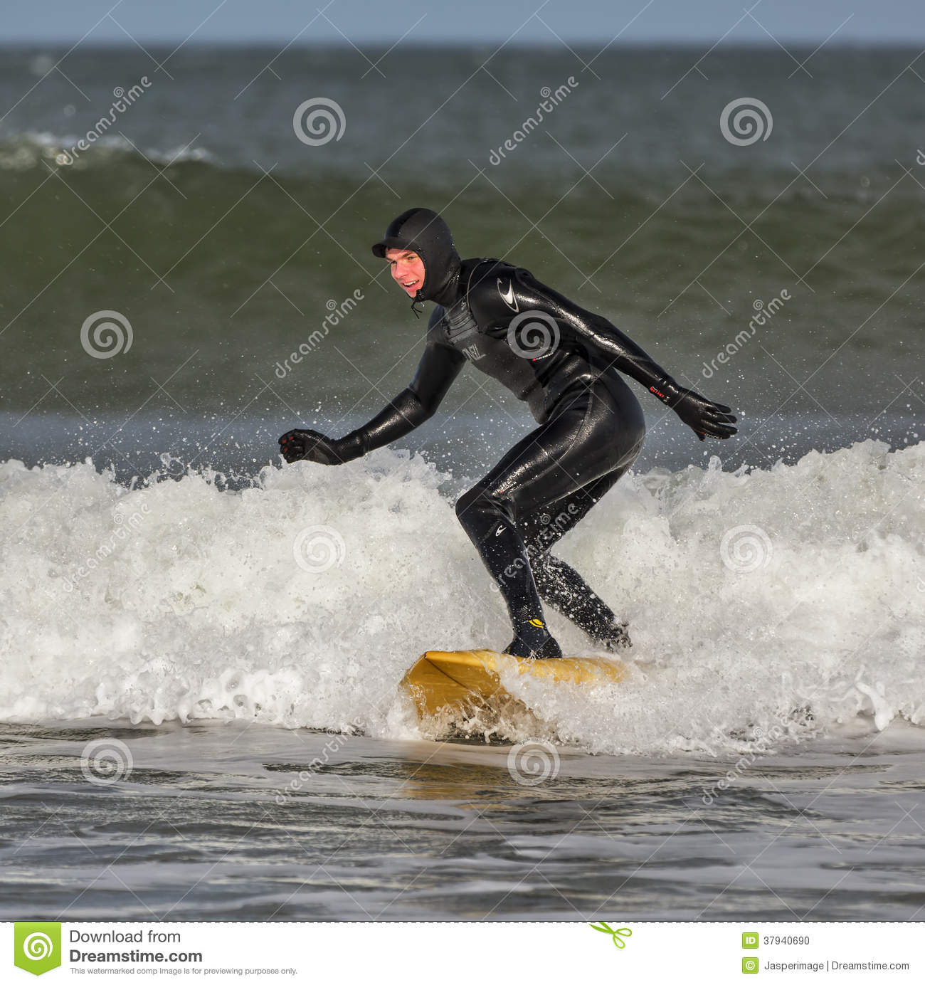 Surfer dans Lossiemouth.