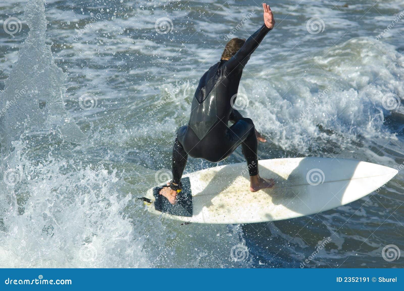Surfer Pacifique