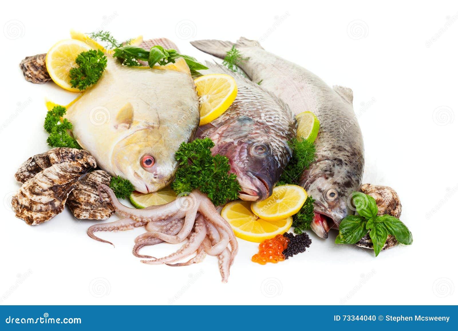Surowego owoce morza pokaz