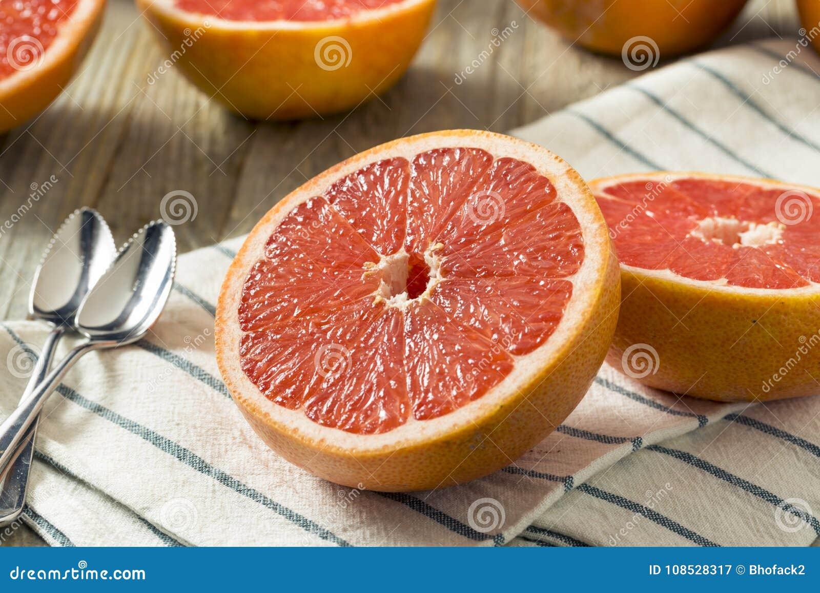 Surowi Organicznie Rubinowi Czerwoni Grapefruits