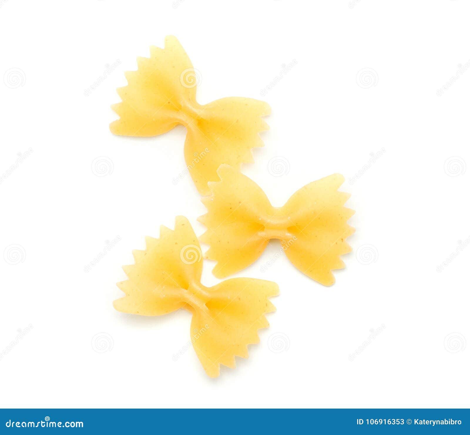 Surowy farfalle odizolowywający