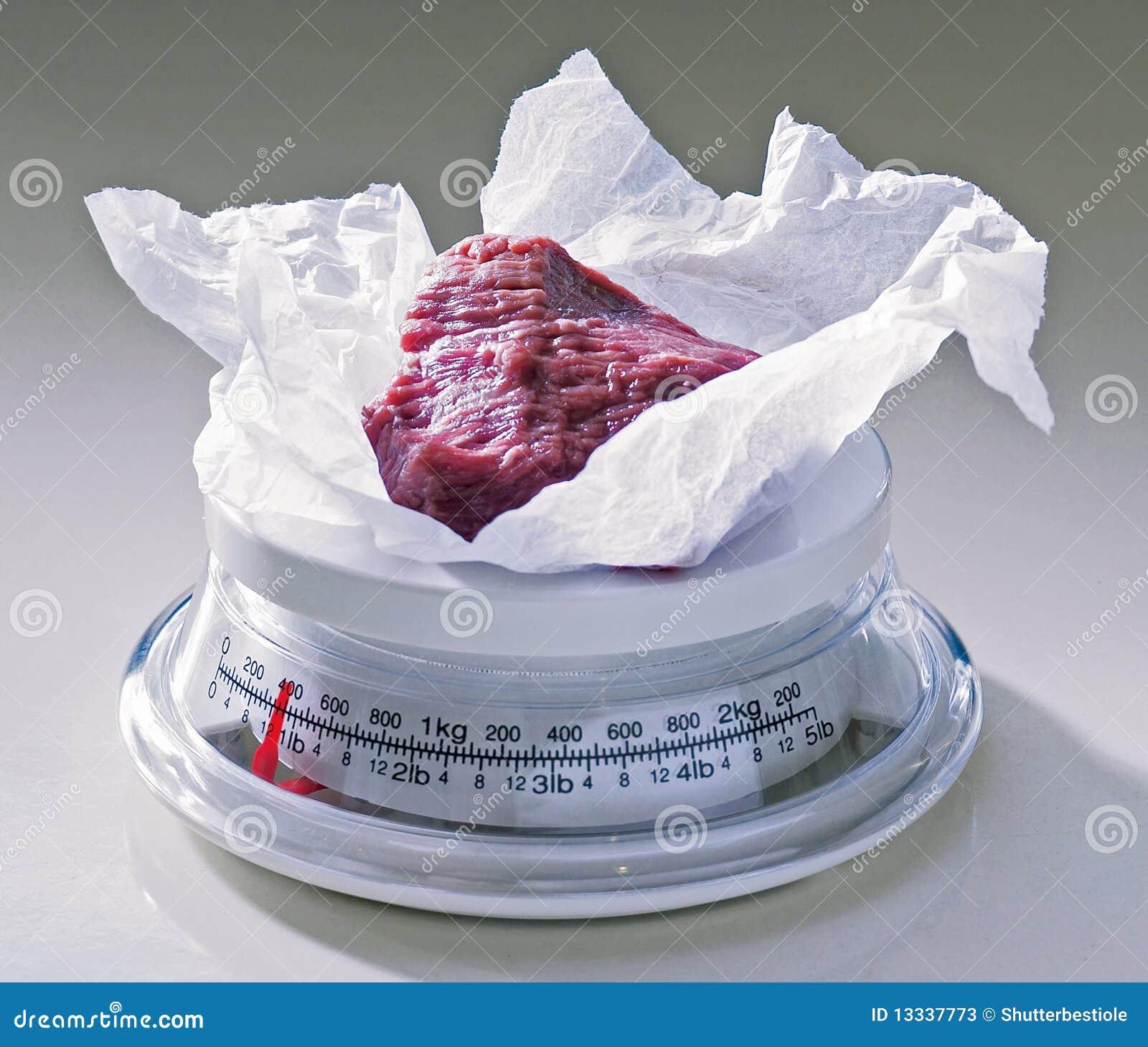 Surowy wołowina stek