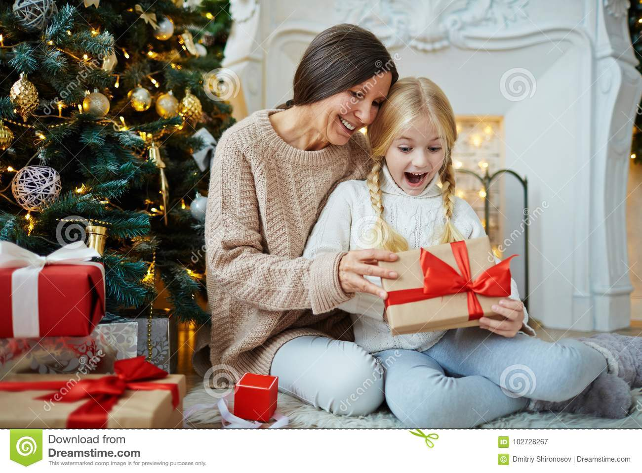 Surprise xmas gifts for her