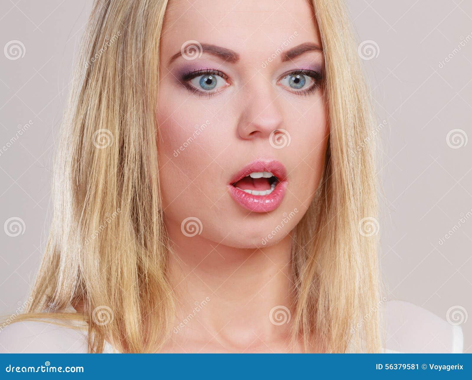 Открытые рты девушек фото