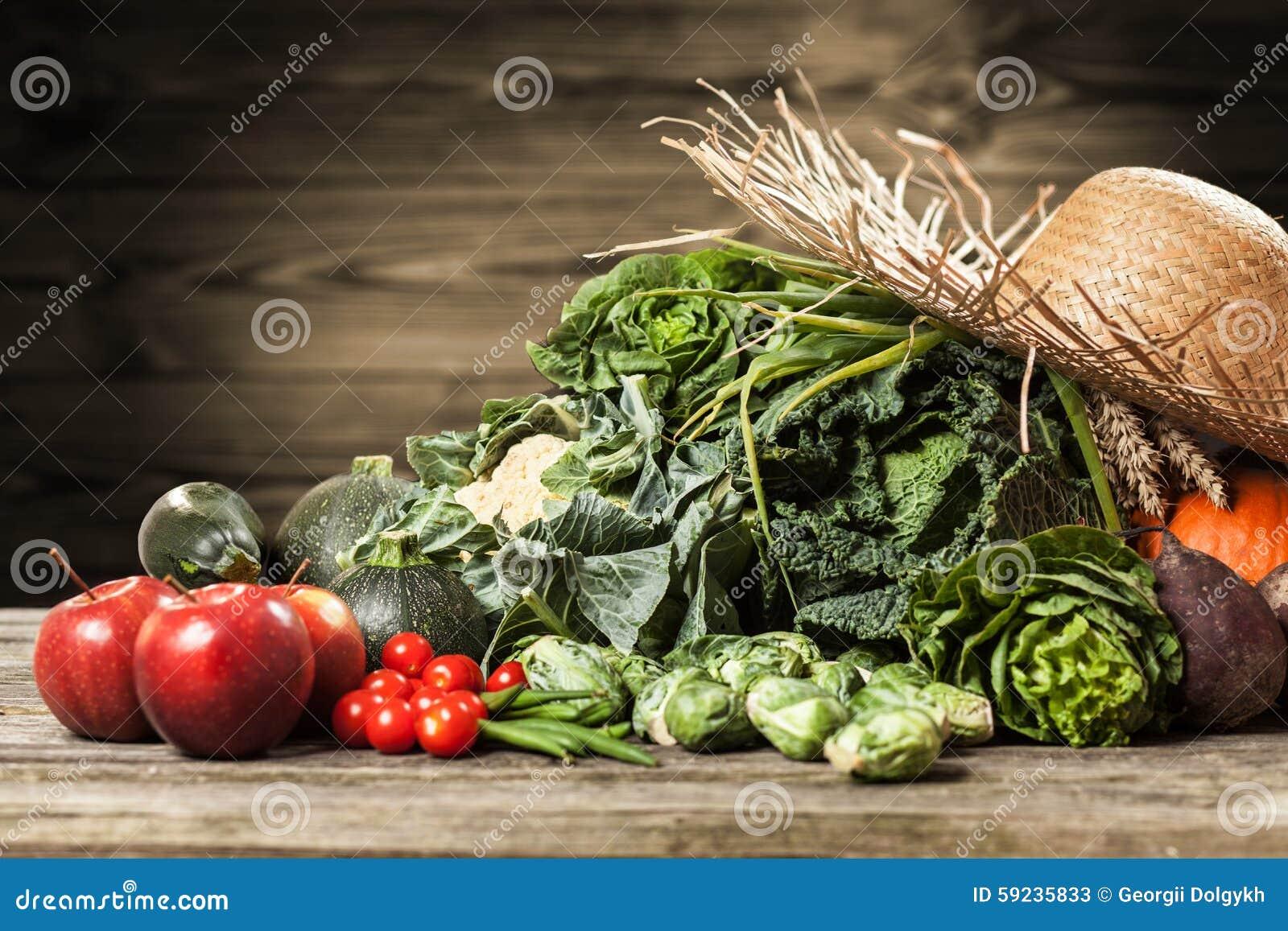 Download Surtido de verduras verdes imagen de archivo. Imagen de negro - 59235833