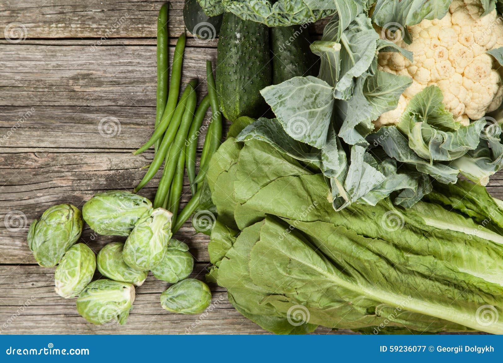Surtido de verduras verdes