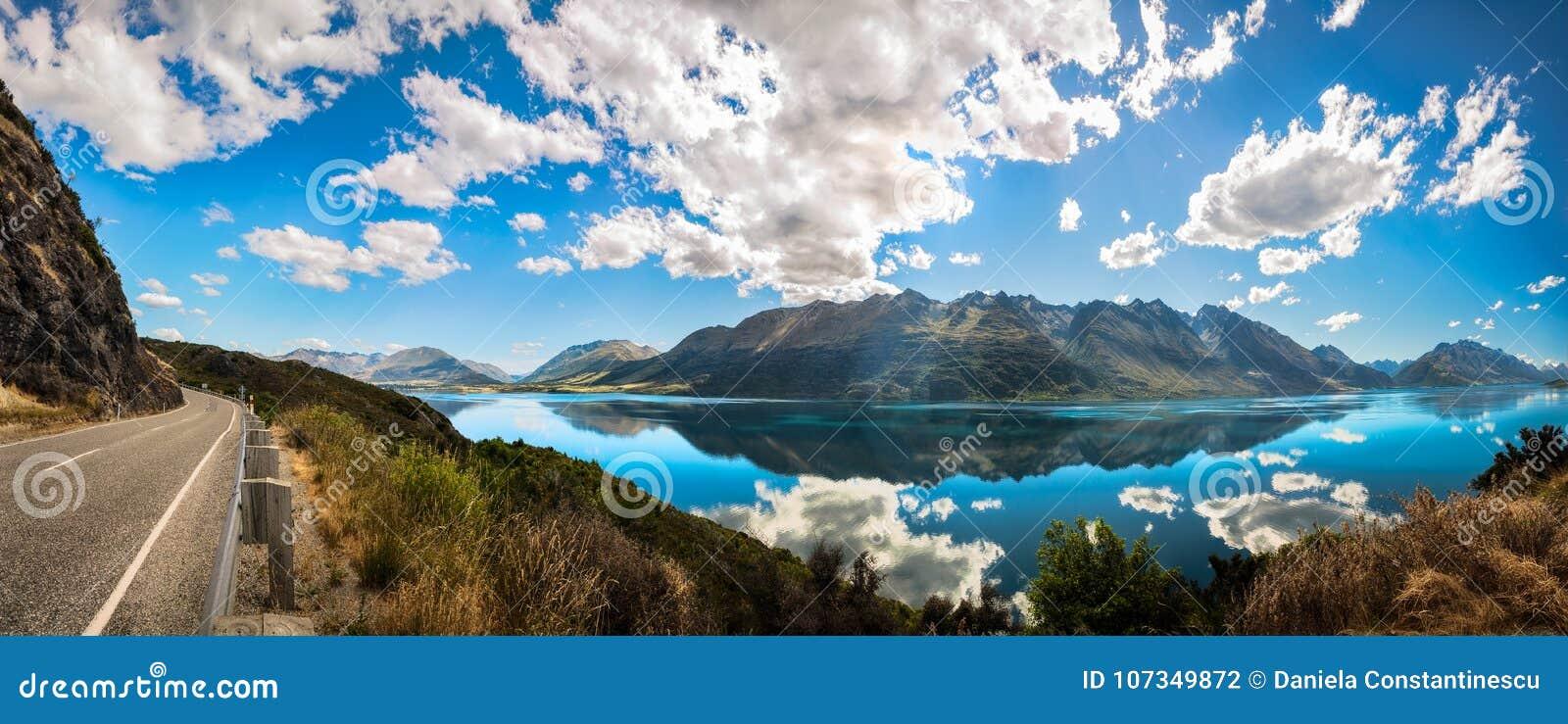 Surveillance célèbre à l heure d or au lac Wakatipu, Nouvelle-Zélande