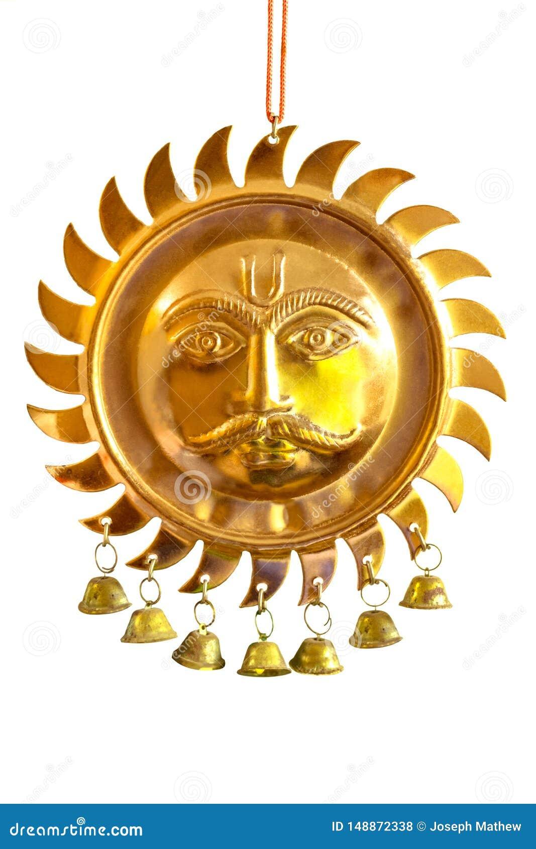 Surya/Sun Dio affronta il pezzo placcato di rame elegante della Appendere-decorazione della parete del metallo di Hinduismo