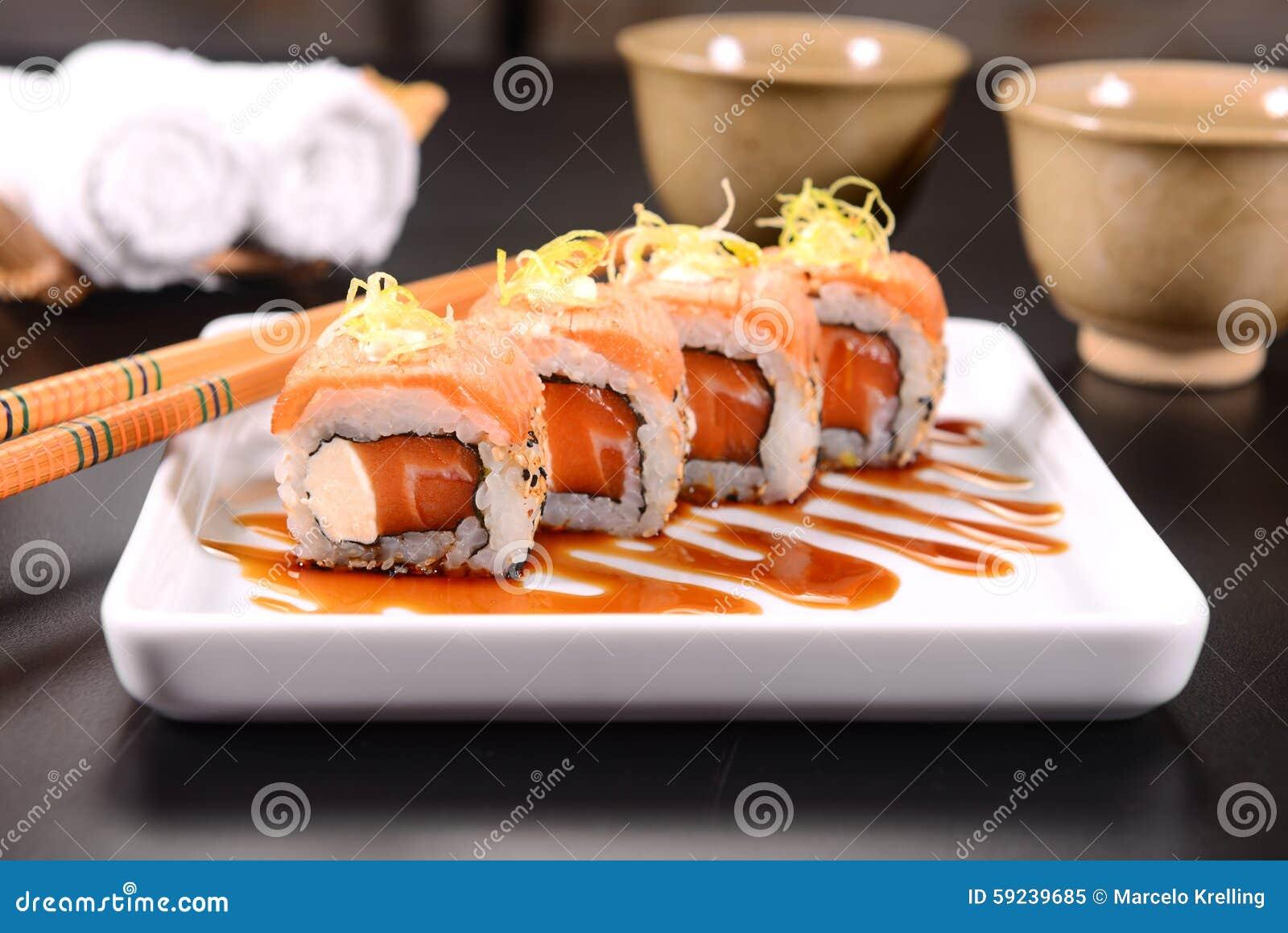 Download Sushi imagen de archivo. Imagen de palillos, paja, ajustado - 59239685