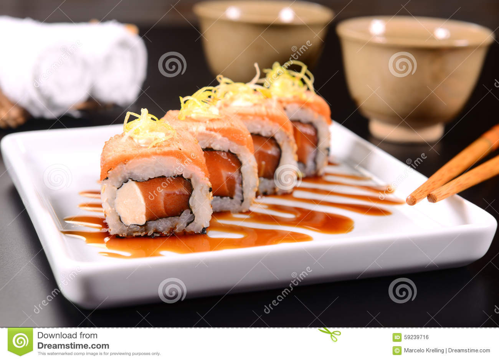 Download Sushi foto de archivo. Imagen de horizontal, estudio - 59239716