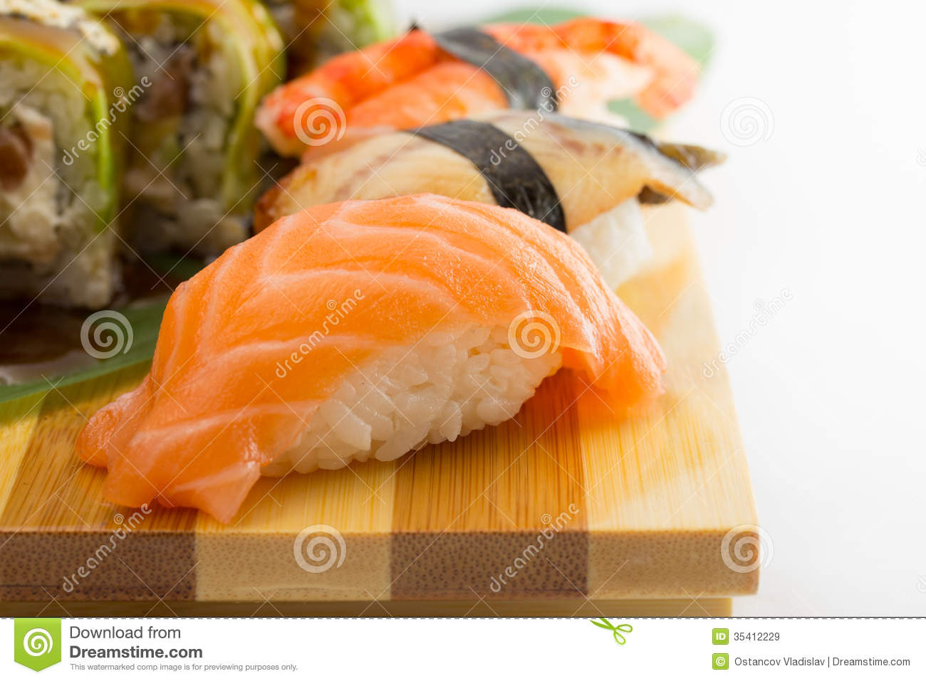 Sushi Roll And Nigiri Royalty Free Stock Images - Image: 35412229