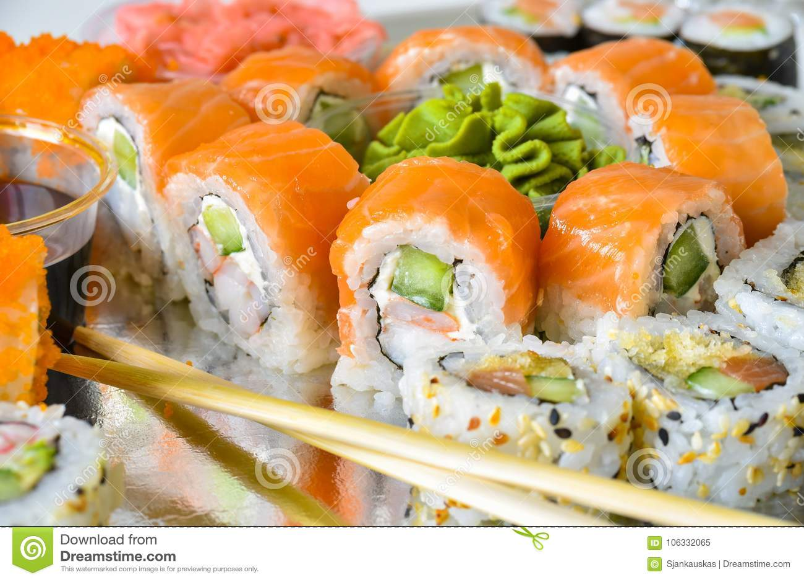 Sushi rolls platter