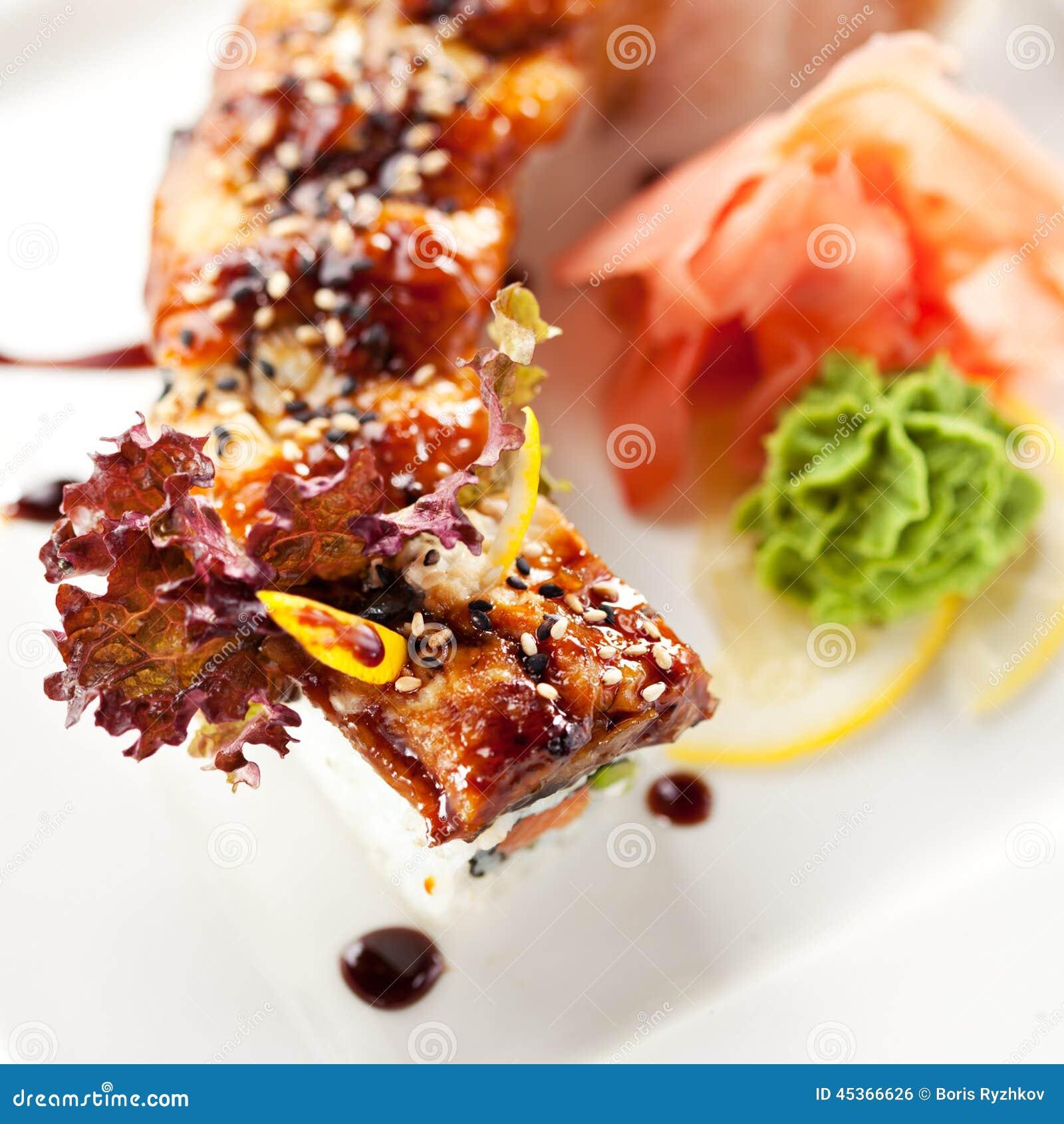 Sushi saumonés et fumés de Maki d anguille