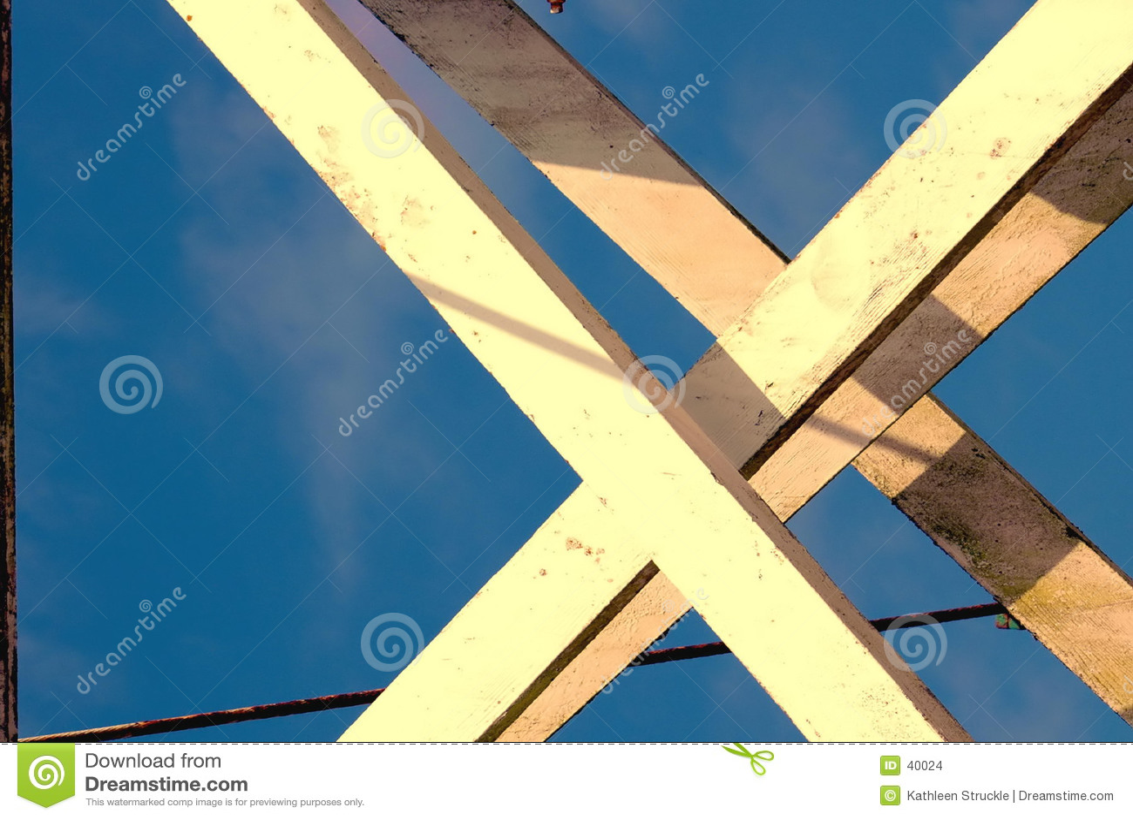 Sustentações & cabo da madeira