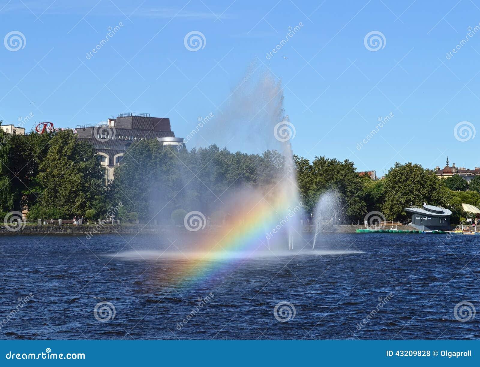 Download Sväva Springbrunnen I Den Vyborg Fjärden Arkivfoto - Bild av region, strålar: 43209828