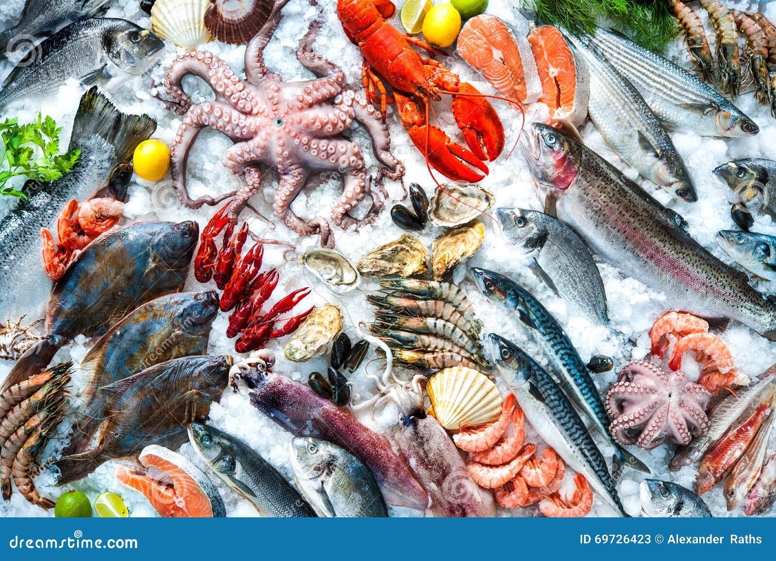 Svart is isolerad skaldjur