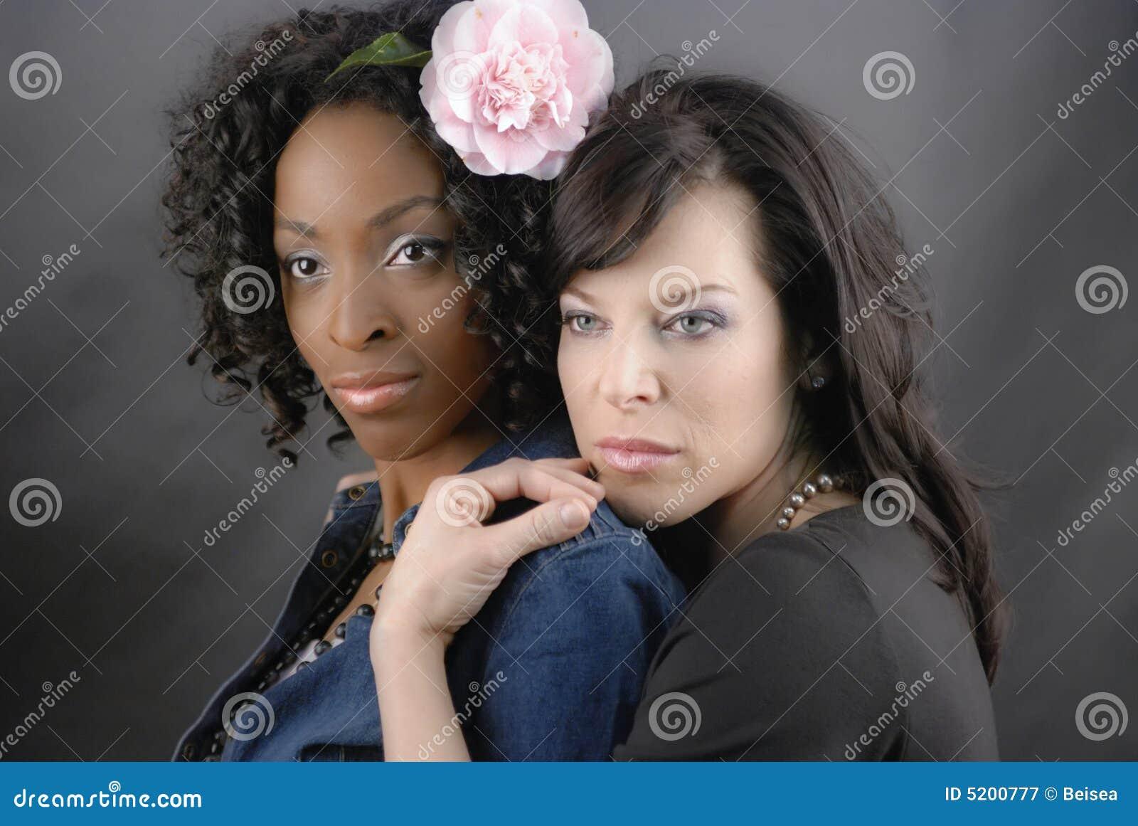 Ræva slikke ibenholt lesbiske