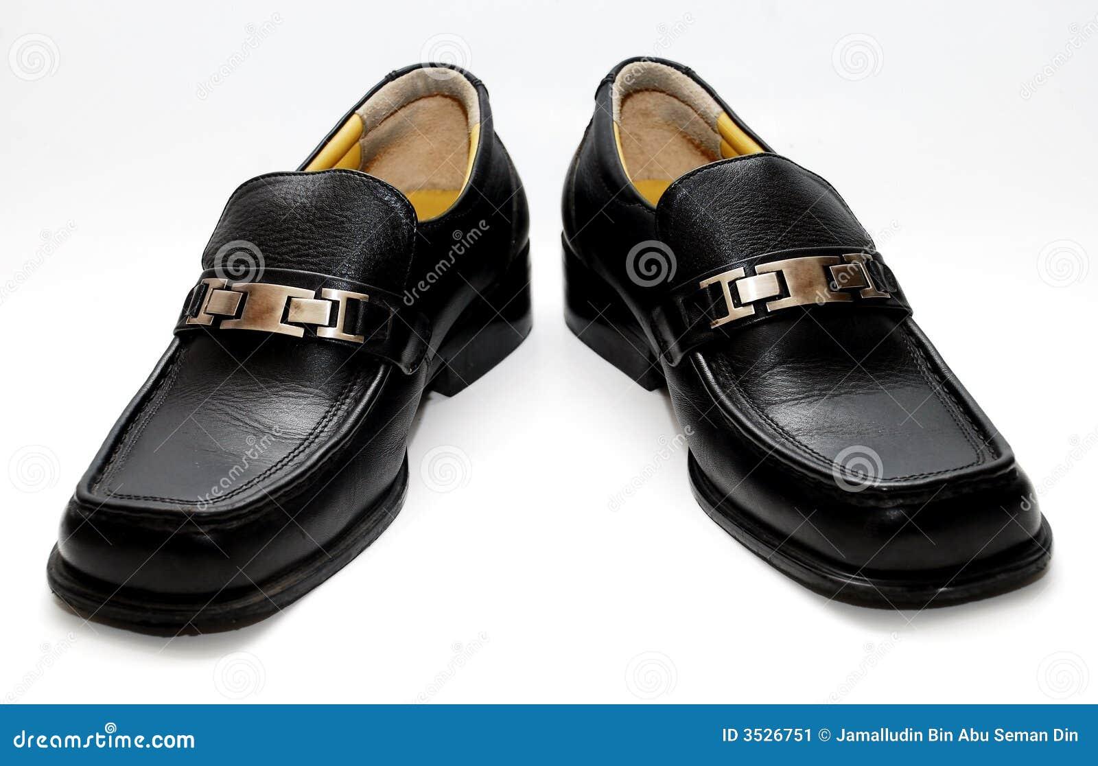 Svarta male skor