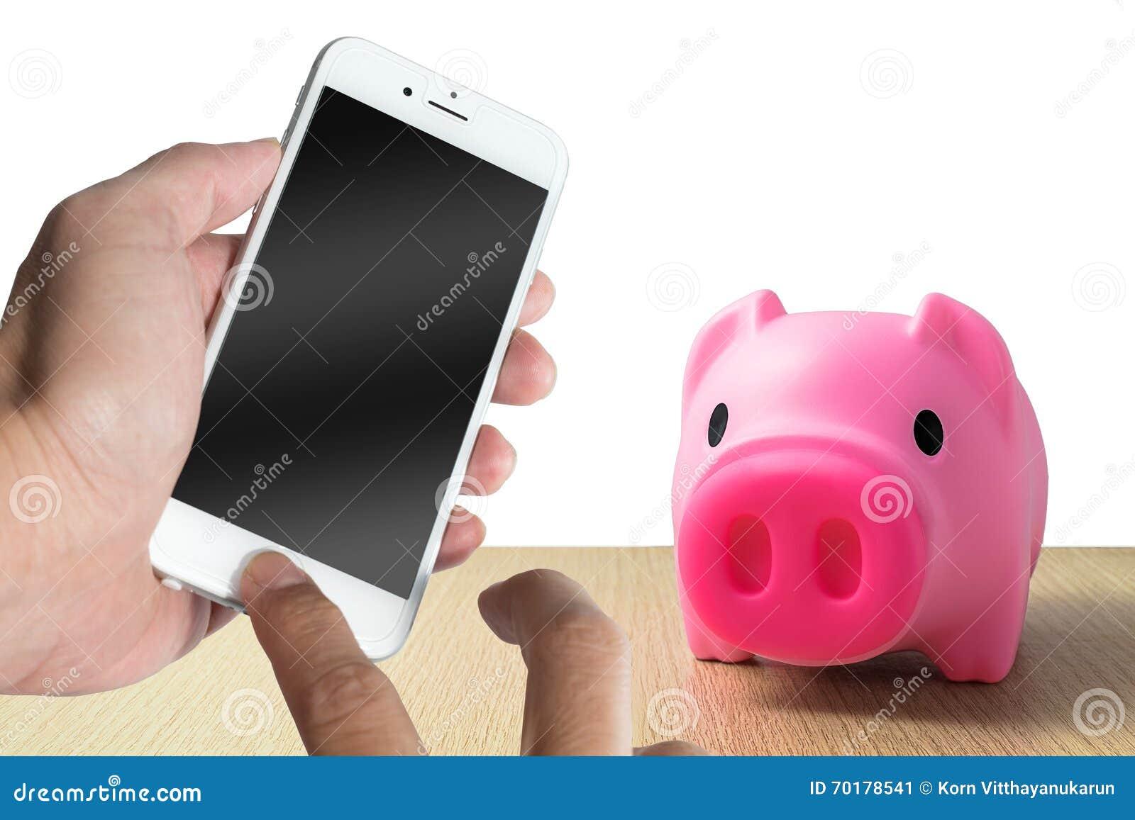 Svinbank med smartphonen och materielpengar