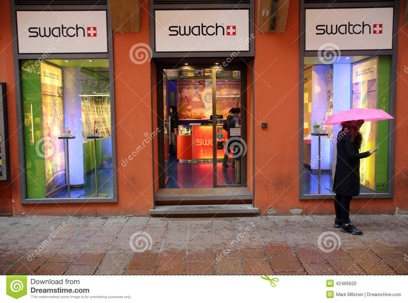 SWATCH WATCH RETAIL OUTLET editorial image. Image of swatch - 42466620