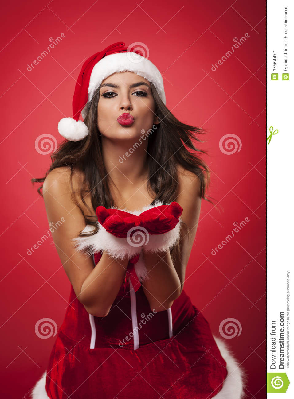 Kisses from sexy Mrs claus.