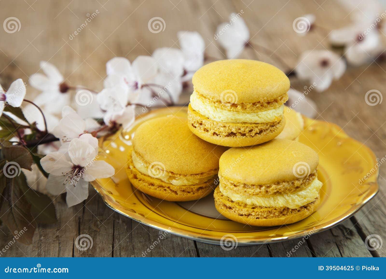 Sweet Macarons