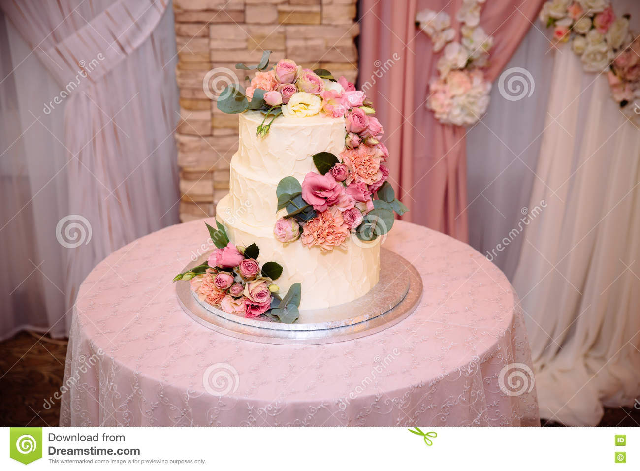Sweet Multilevel Wedding Cake Decorated With Beautiful Flowers ...