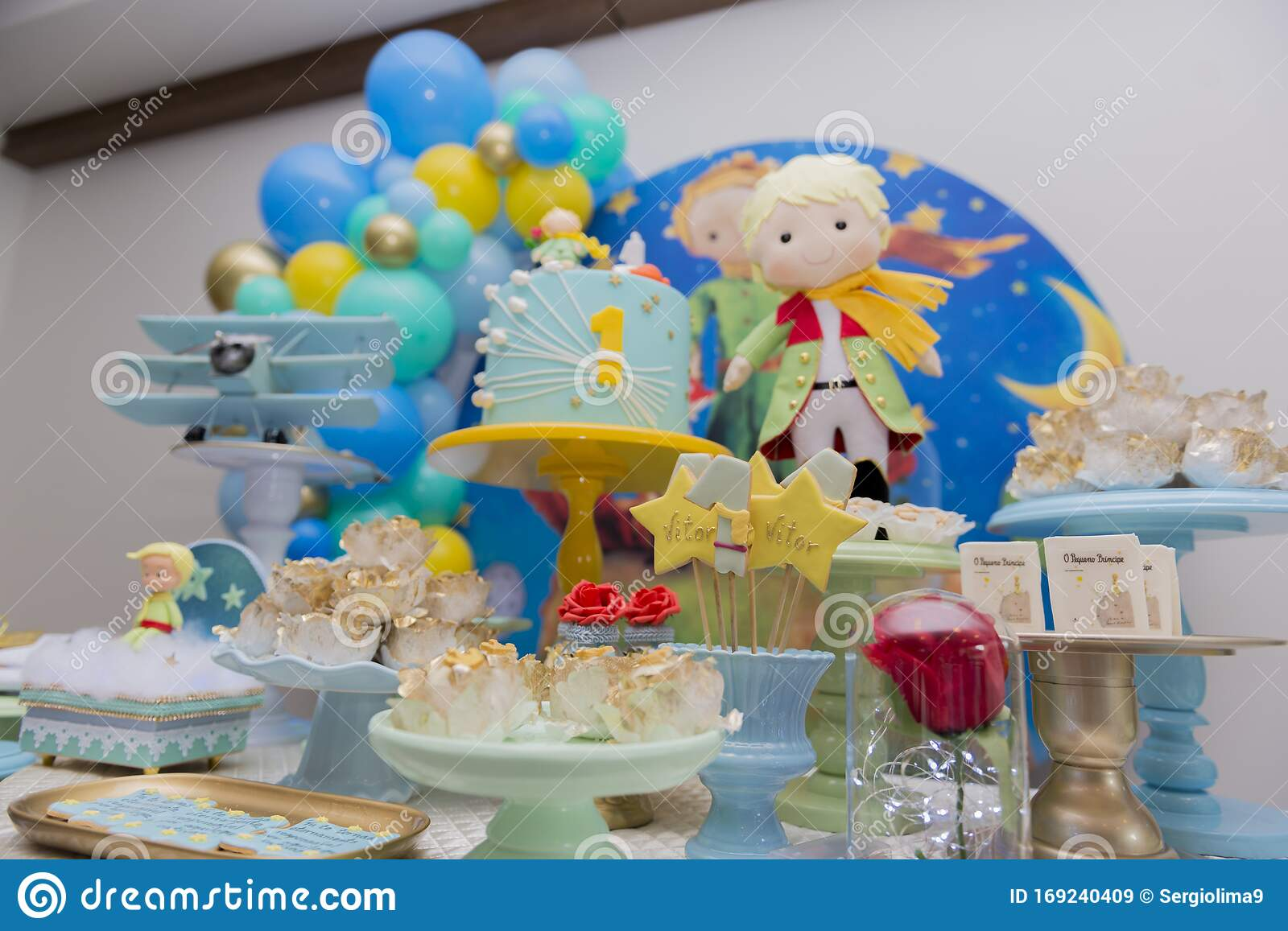Brilliant Sweet Table And Big Cake For First Birthday Stock Image Image Of Funny Birthday Cards Online Elaedamsfinfo