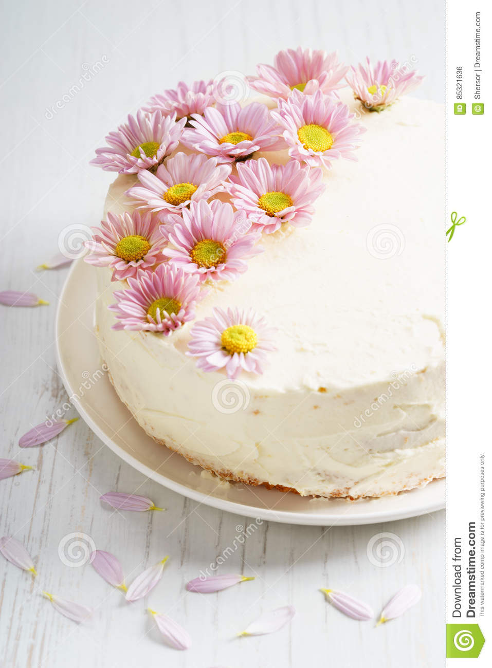 Sweet white buttercream cake with pink flowers on top stock photo download sweet white buttercream cake with pink flowers on top stock photo image of cake mightylinksfo
