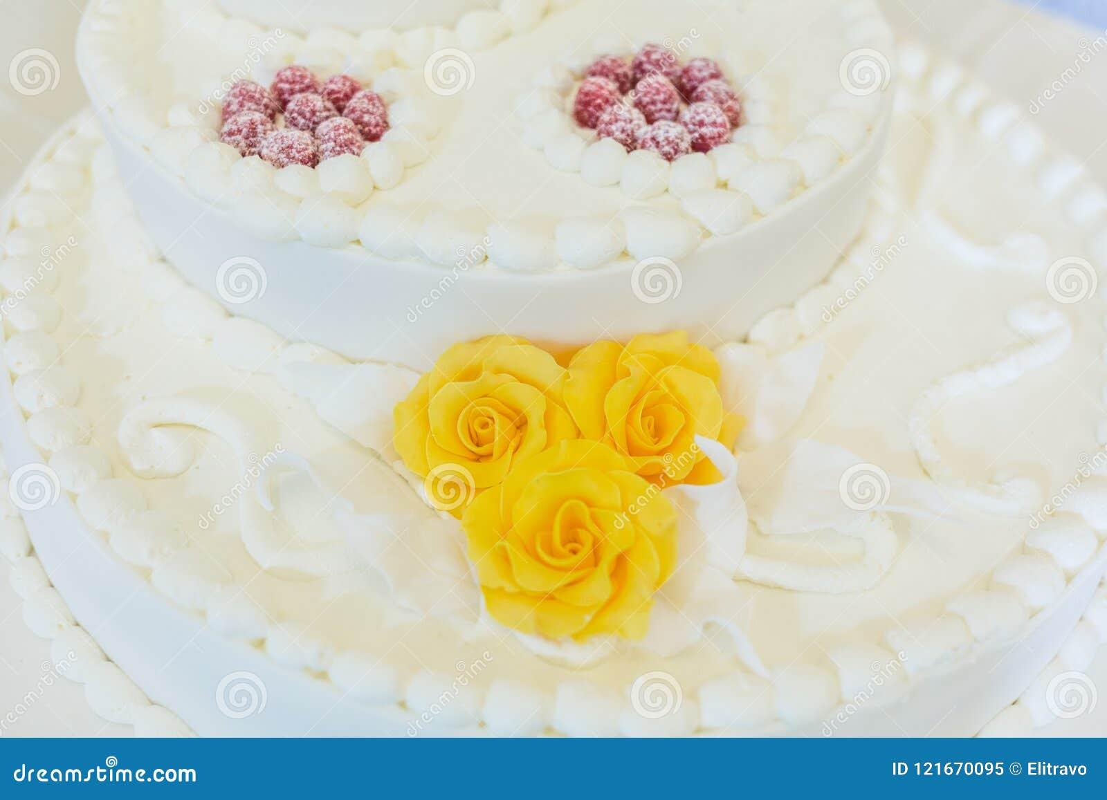 Sweet White Wedding Cake Outdoor Stock Image - Image of cakes ...