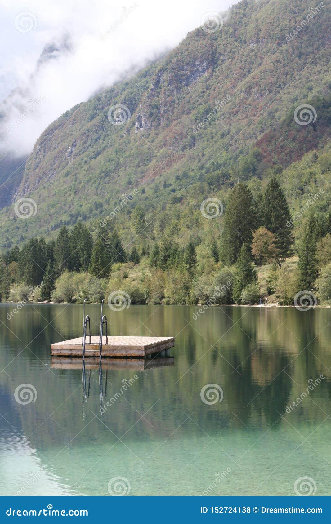 Lake Bohinjsko jezero, Bohinj, Slovenia