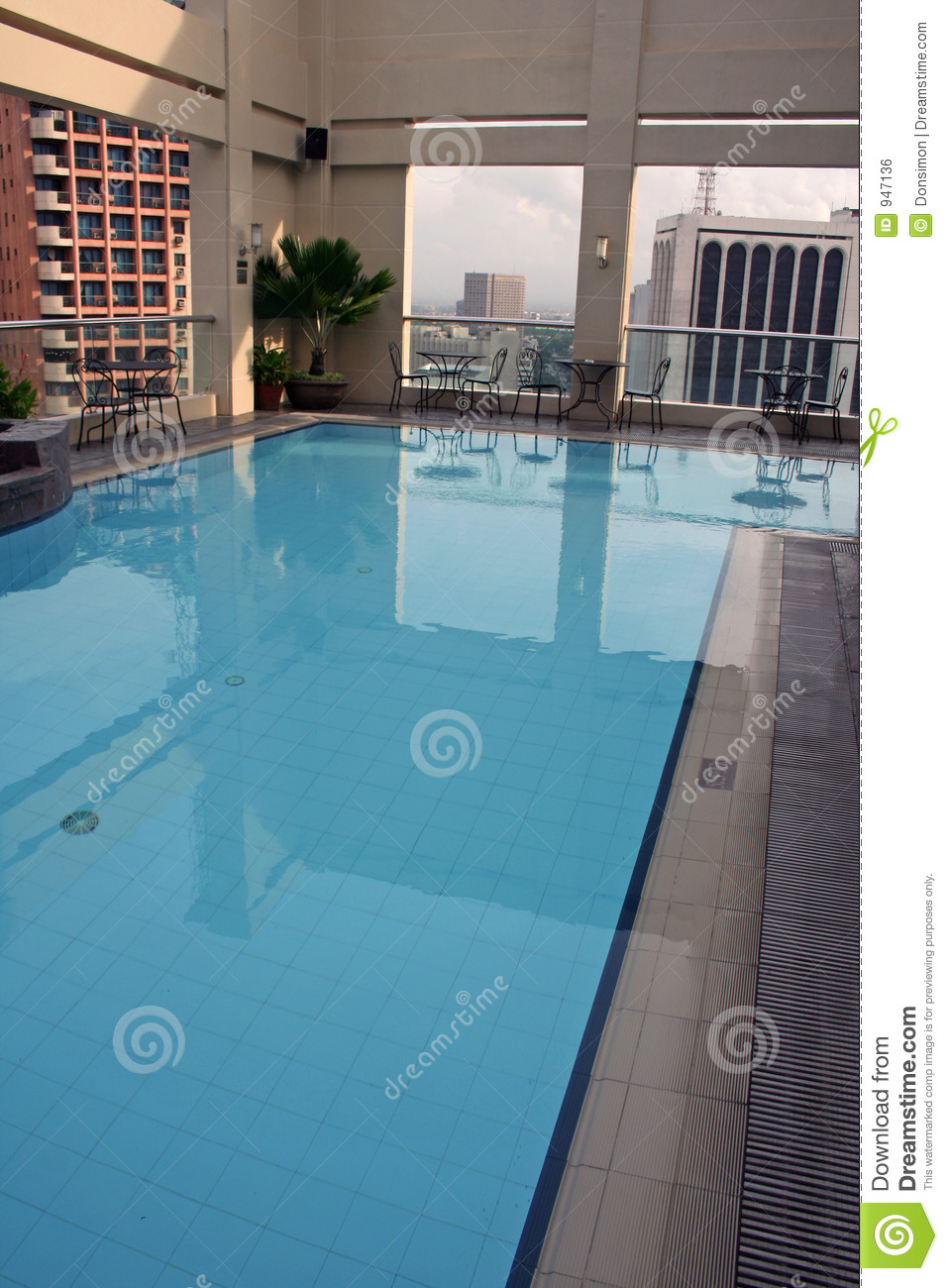 Swimming Pool Above Manila Philippines Royalty Free Stock Image Image 947136