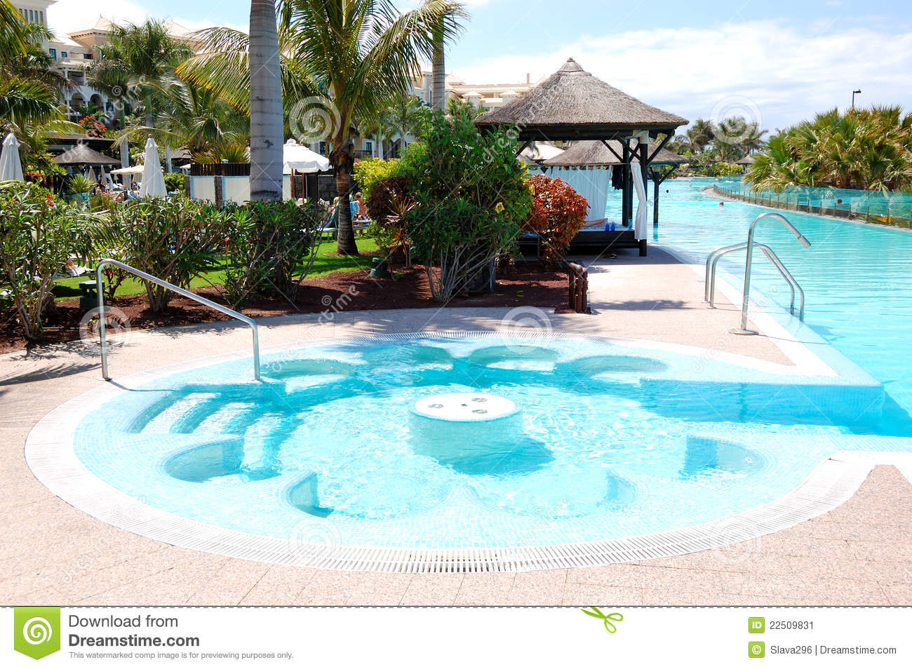 Swimming pool with jacuzzi at luxury hotel stock image for Piscine interieure de luxe
