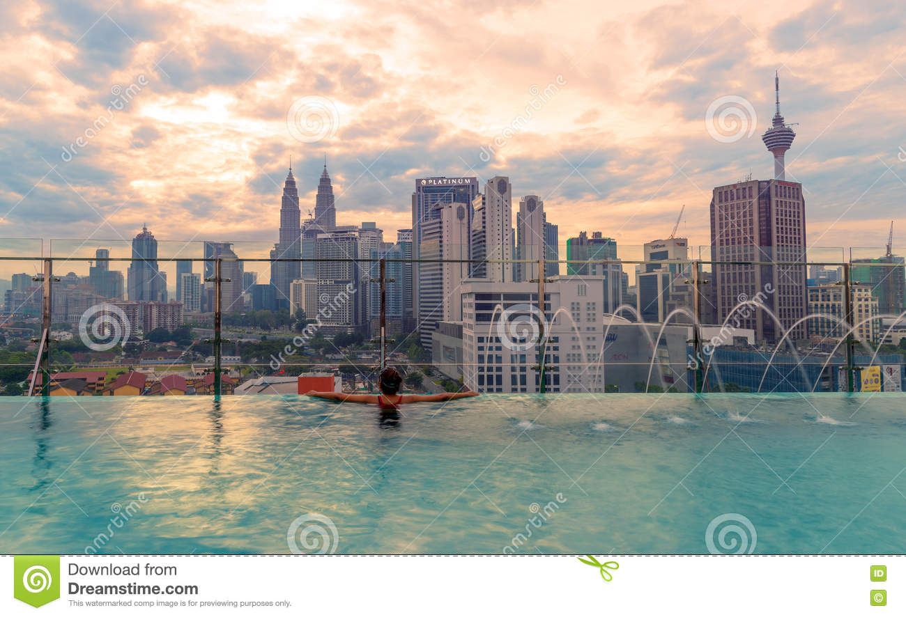 Swimming pool on roof top with beautiful city view kuala - Rooftop swimming pool kuala lumpur ...
