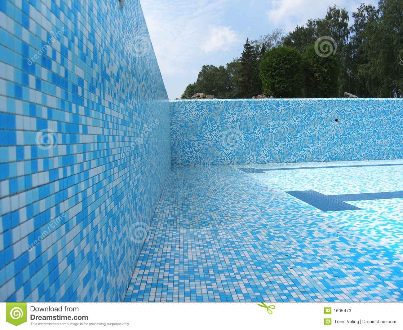 Swimming pool without water stock image image of surface blue 1605473 for How much water is in a swimming pool