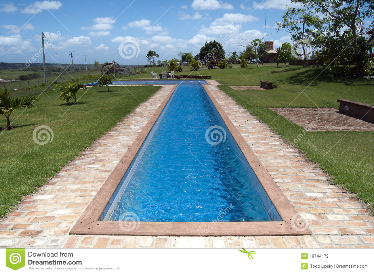 Swimmingpool Stockfotografie Bild 18744172