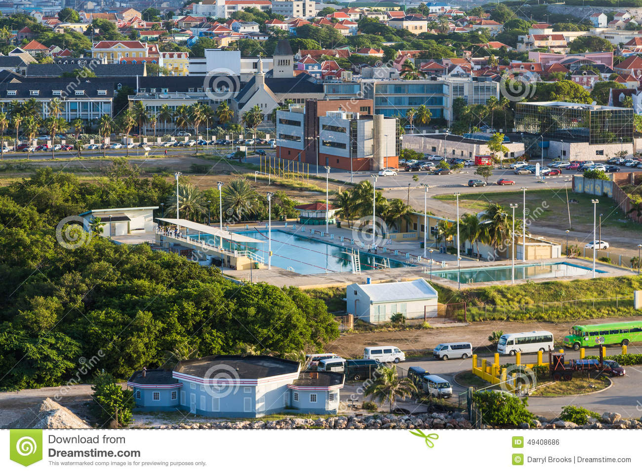 Download Swimmingpool In Buntem Curaçao Stockfoto - Bild von curacao, bunt: 49408686