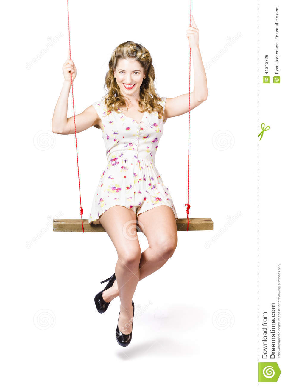 Swing pinup girl with beauty make up and hairstyle stock Ciaafrique fashion beauty style
