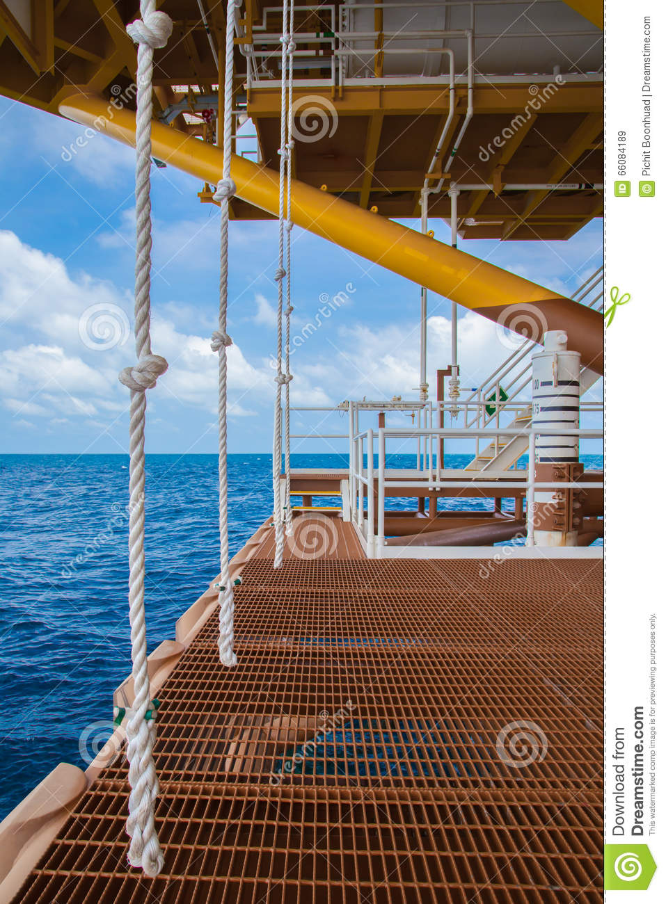 Swing rope at boat landing stock image. Image of dirty - 66084189