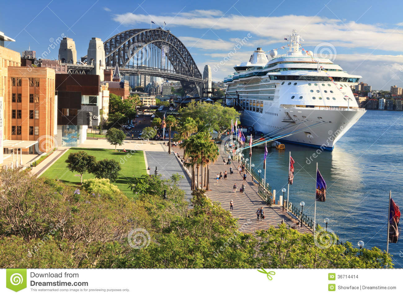 Sydney Circular Quay And Luxury Cruise Ship Editorial