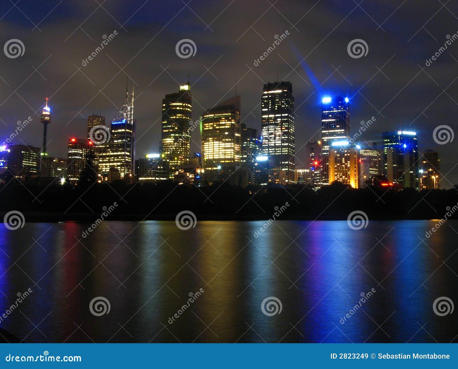 Date night online movie in Sydney