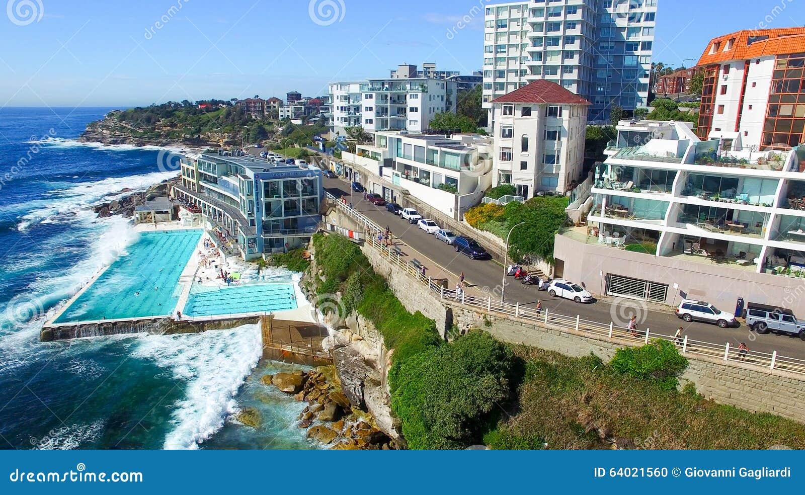 Sydney november 10 2015 bondi pools on a sunny day for Pool show 2015 sydney